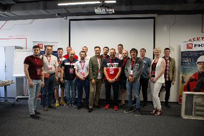 Эксперты EKF и ведущие блогеры обсудили проект «Идеальный щит»