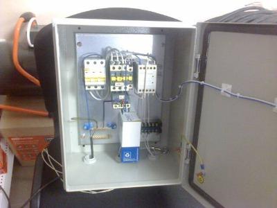 Щит контроля уровня воды в емкости.